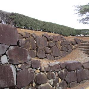 二重の石垣