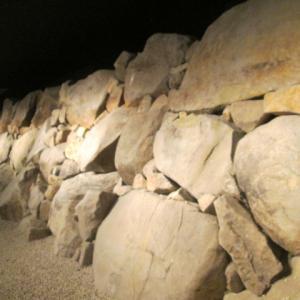 地下の石垣展示室