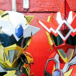 福島県二本松市のローカルヒーロー「光の戦士 ツインウエイター」