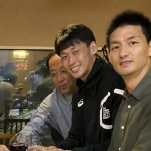 お気に入りの写真 176 (朝鮮対韓国戦後 祖国訪問中メンバーと李栄直選手)