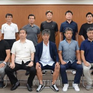 お気に入りの写真 228 (朝鮮大学サッカー部OB会メンバー・総会の様子)
