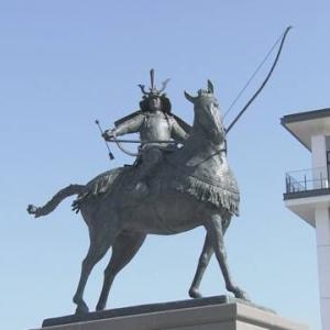 岡崎市/徳川家康の騎馬像・東岡崎駅前に銅像