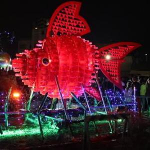 弥富市/金魚の形をしたイルミネーション