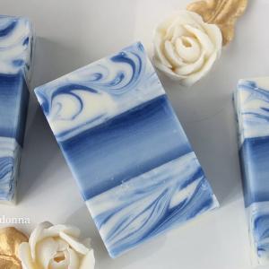 ●Blue layer soap!