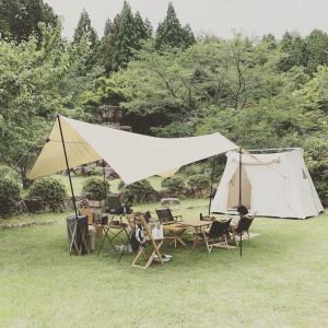 キャンプでマイナスイオン。