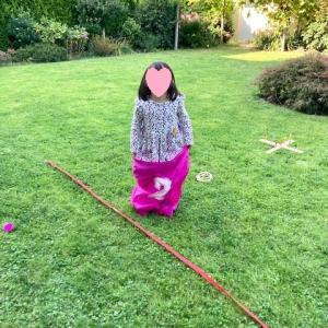 庭遊びと消えた保護色の棒☆