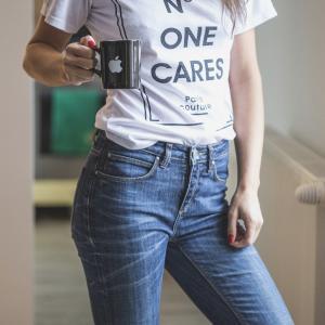 白Tシャツが体育着に見えるのは、むしろまっとうなこと