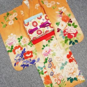 鎌倉今昔きもの大市明日12:00スタート!アンティーク七五三子ども着物やママ訪問着、羽織なども!