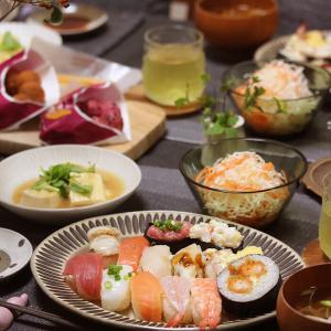 【献立】行きつけのお寿司屋さんでお寿司。~あくまで(私の)だけど嘘は言っていない~