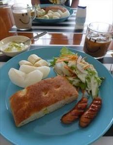 フォカッチャの朝食