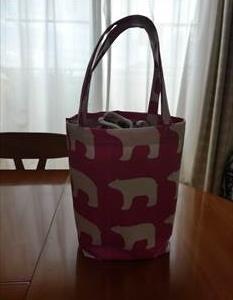 手作りSPAバッグと猫用フード台