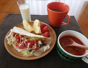 トルティーヤでタコスの朝食