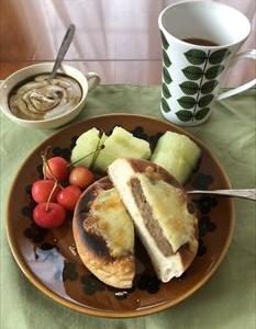 大豆ミートと野菜のカレーパン