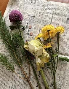 お正月の花の生け替え