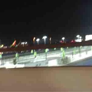 """今夜は""""Lyft """" で空港に。来月からはターミナル入れないんだよね"""