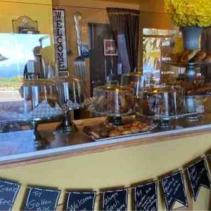 外食始め 何となく、それはカフェからスタート Yellow Vase Cafe @ PV