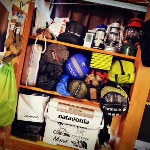 キャンプギアの整理棚を作ったよ