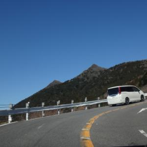 新しい登山靴の試し履きに筑波山へ バリルートで女体山直下に出た!