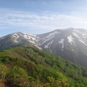 楽しい稜線歩き 平標山・仙ノ倉山・大源太山 平標山之家テント泊