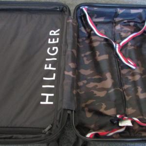 トミーヒルフィガーTommyHilfigerのスーツケースを日本へ発送しました!アメリカ売れ筋