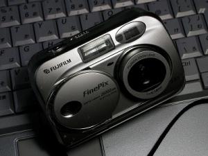 フジフィルム ファインピクス2600Z
