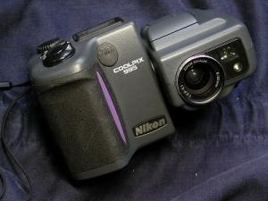 ニコン クールピクス995
