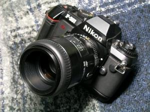 タムロン SP AF90mmF2.5(旧、Fマウント)