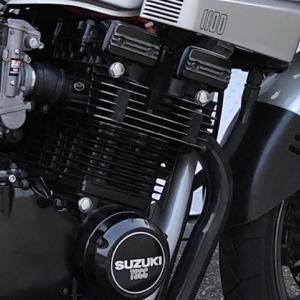 GSX1100S シリンダーヘッドボルトの装飾クロームメッキ