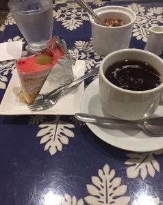 JAZZ喫茶でおひとり様って!なんて贅沢なひと時なんでしょう