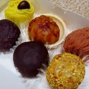 色とりどりの「甘味処 おはな」のおはぎをいただく <おやつタイム IN 札幌(40)>