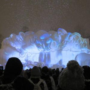 散策!札幌(60) 「さっぽろ雪まつり」の花形・大雪像を拝見する