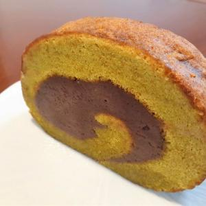 おやつタイム IN 札幌(53)御菓子処みつやの「挽茶ロール」をいただきながら、ロールケーキの歴史について学ぶ