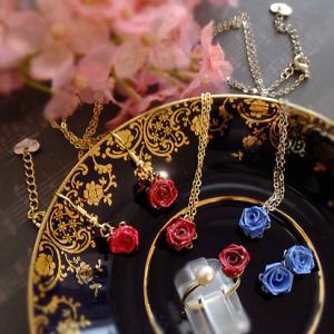 一粒バラの愛らしさ。ロザフィEコースIさんの作品です。