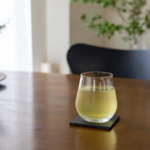 夏の小さなお楽しみ。氷出し緑茶
