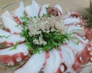 おうちご飯色々【タコ刺しとかトマト&バジルパスタとかアロエミント焼酎とか】