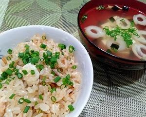 おうちご飯色々【鯛めしとか醤油豚骨ラーメンとかチキンソテートマトソースとか】