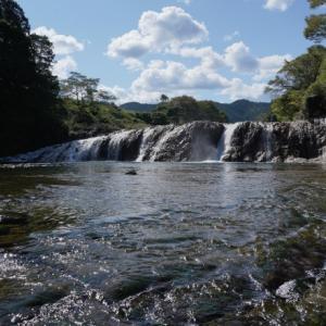 「奥三河のナイアガラ・蔦の渕」と「四谷の千枚田」