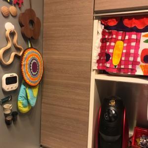 食器棚の中