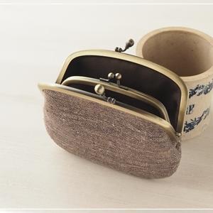 特別な1点ものをオーダー。手紡ぎ手織りのシルクリネンで親子がま口財布。