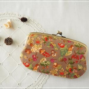 秋の長財布。