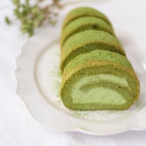 「抹茶ロールケーキ」