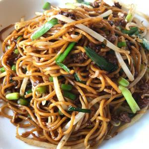 【食べ歩き】「中国旬菜 頭市」週替わりランチ11 四川風やきそば:松山市