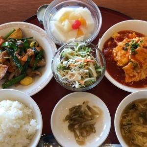 【食べ歩き】「赤坂 四川飯店 松山店」ランチ4豚肉とサツマイモのオイスターソース、かに玉