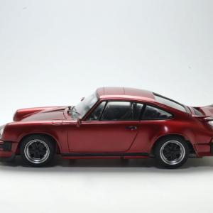 PORSCHE 911Carrera'85