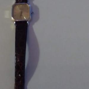 ORIENT レディース時計 電池交換