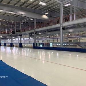 カナダ~ノースピース高校のスケートリンク!!
