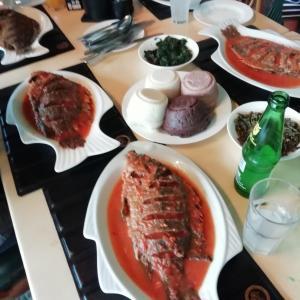 ルオ族の美味しいレストラン