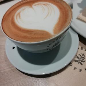 ロバーツコーヒーでカフェる