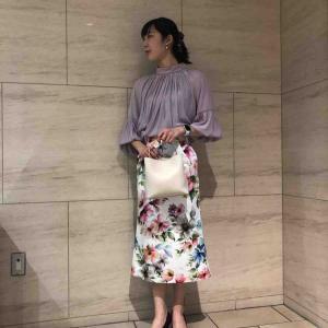 グログラン大きな花柄プリントタイトスカート