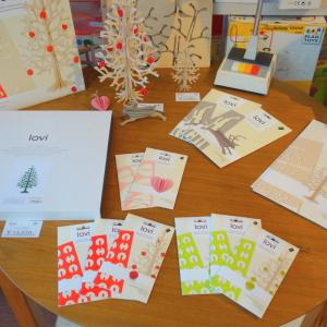 クリスマスに向けた商品も入ってきています